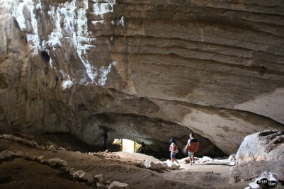 Peșteră în Cazane