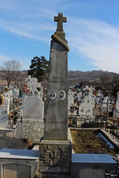 Mormânt al familiei Manolescu