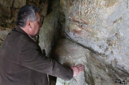 Grote folosite de omul preistoric