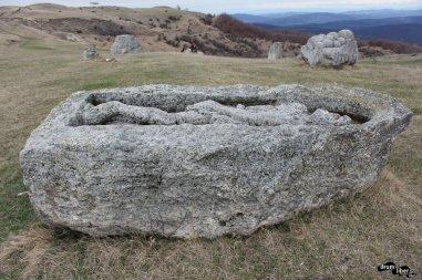 Mormânt din epoca târzie a bronzului (poziția e greșită)