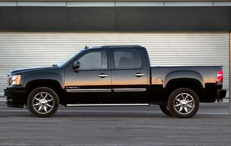 Used 2007 GMC Sierra 1500 Crew Cab Pricing   For Sale   Edmunds View Photos 2007 GMC Sierra 1500