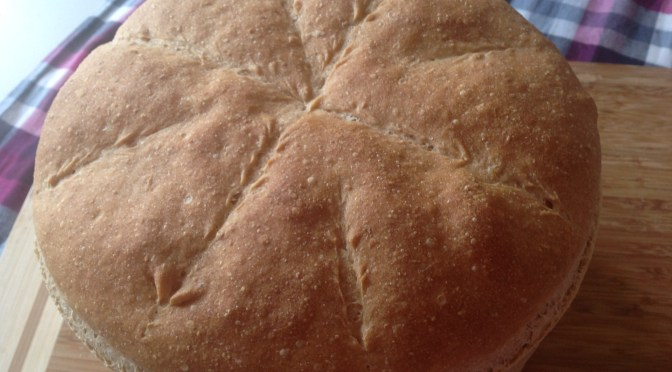 Pane integrale con lievito madre cotto in pentola