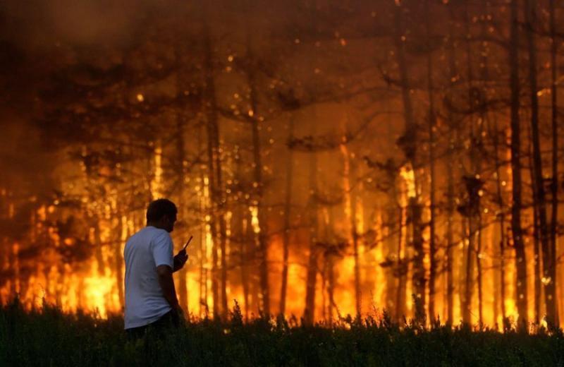 Extinguishing Wildfires 70