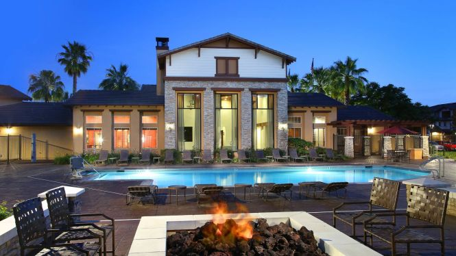 The Reserve At Empire Lakes Apartments Swimming Pool