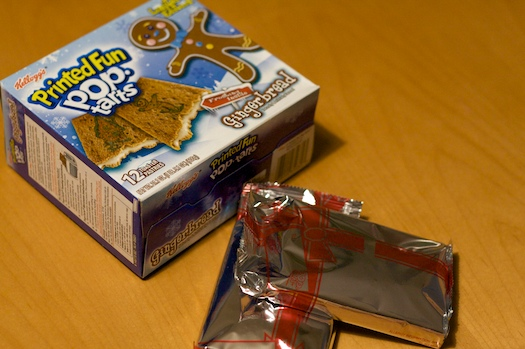 Gingerbread Pop-Tarts Packaging