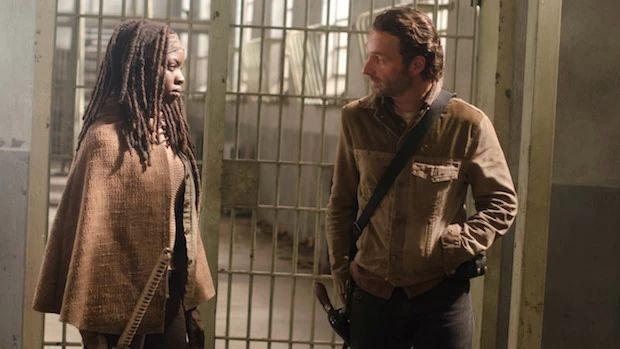 1280_Walking_Dead_Michonne_Rick_02