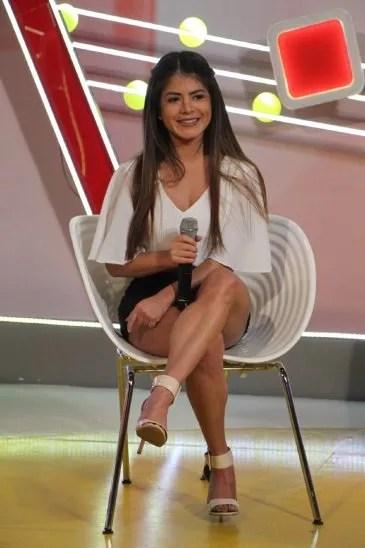 Vero Riquelme comentó que a pesar de ser escrachada en las redes le sobra trabajo como la Parrillera sexy.