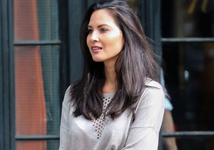 Olivia Munns Epic Text Exchange With Mom On Engagement
