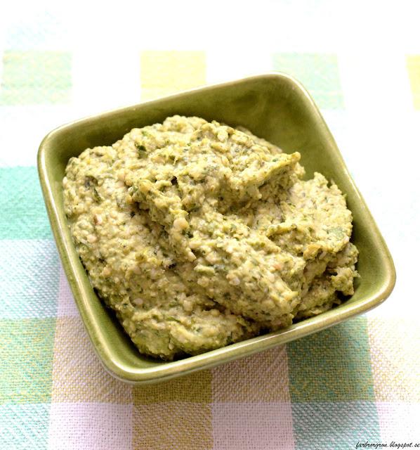 Humus med smak av färsk koriander