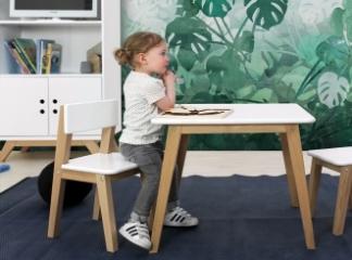 petite chaise pour enfants file dans
