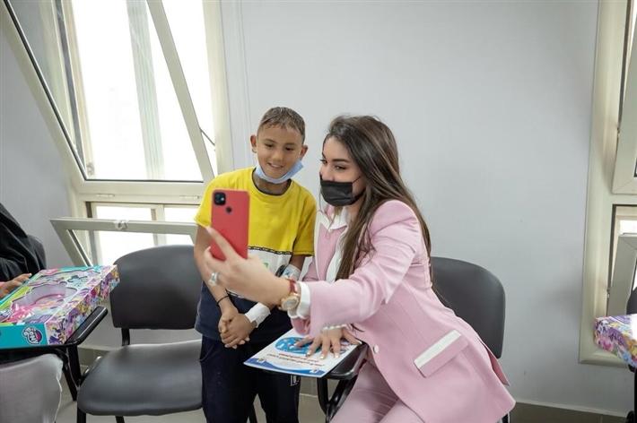 ياسمين صبري في زيارتها لأبو الريش