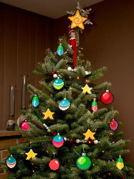 The 8 Bit Pixel Art Christmas Ornaments Gadgetsin
