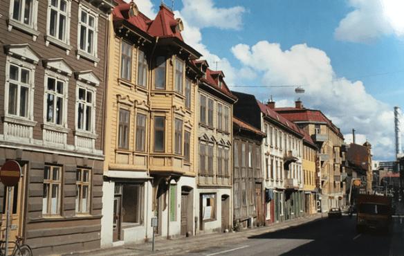 Landsvägsgatan 27-17 i slutet av 1970-talet.