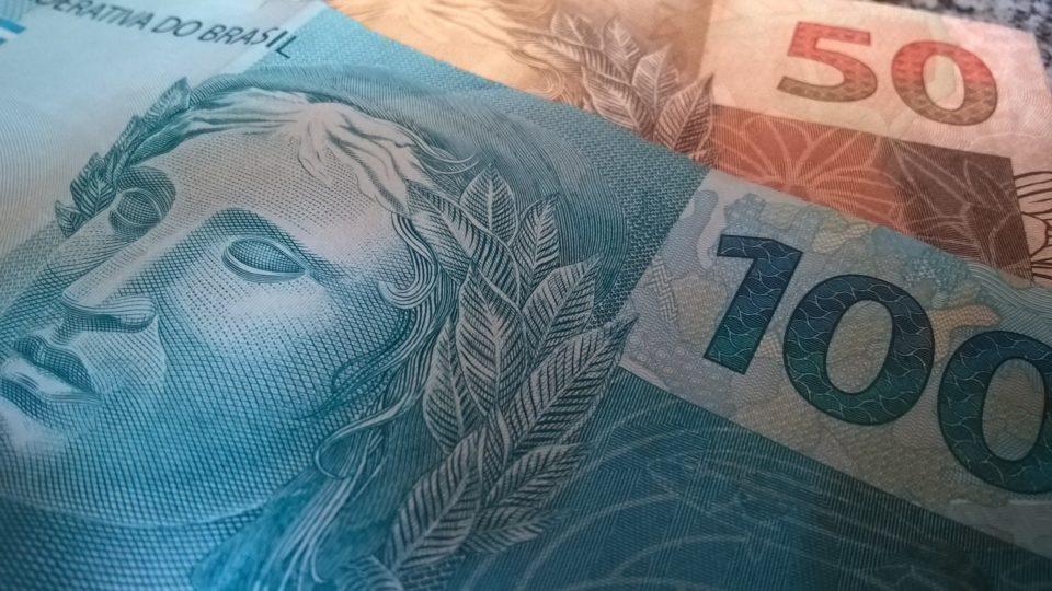 Resultado de imagem para cedulas de 100 reais
