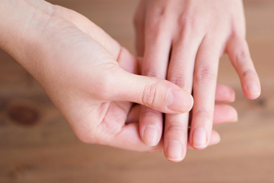 متلازمة الظفر الأصفر 8 أسباب وراء الإصابة به الكونسلتو