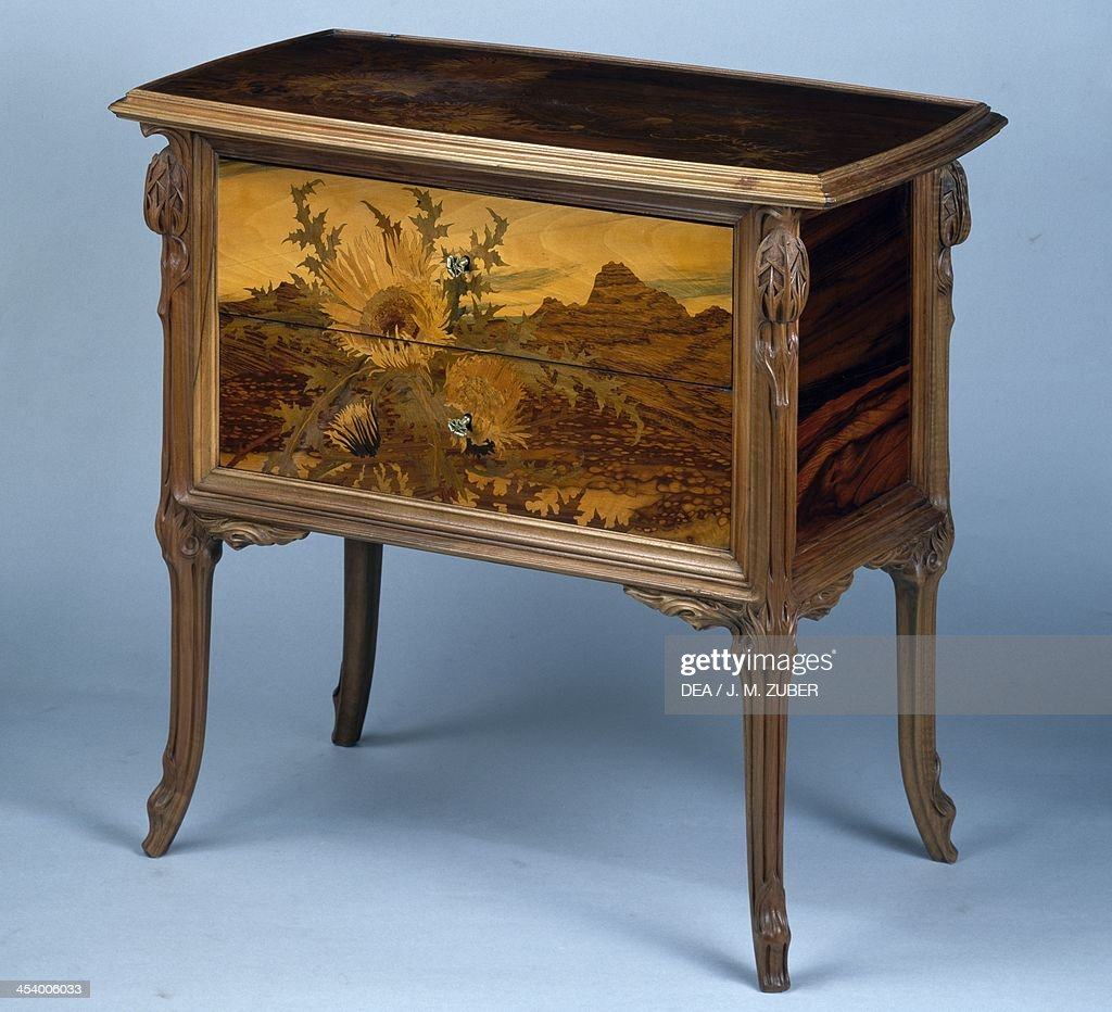 https www gettyimages com detail news photo art nouveau style commode 1902 1903 by emile galle carved news photo 454006033