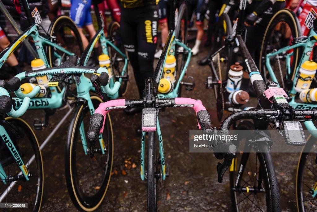https www gettyimages fi detail news photo bianchi bike team jumbo visma of slovenian pink jersey news photo 1144006649