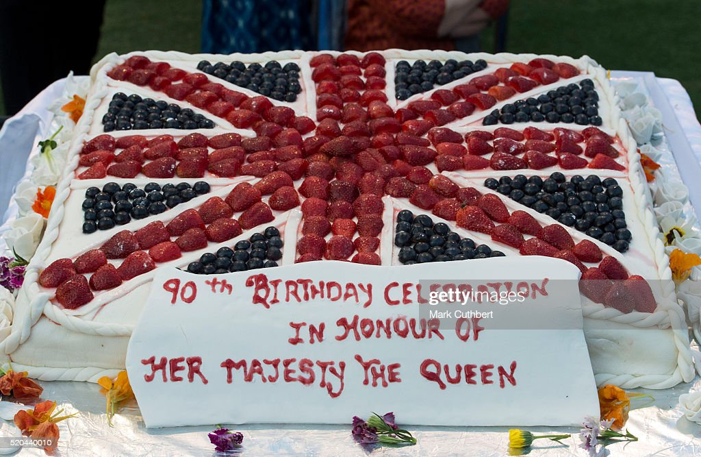 A Birthday Cake Is Presented For Queen Elizabeth Ii At A Garden Party News Photo Getty Images