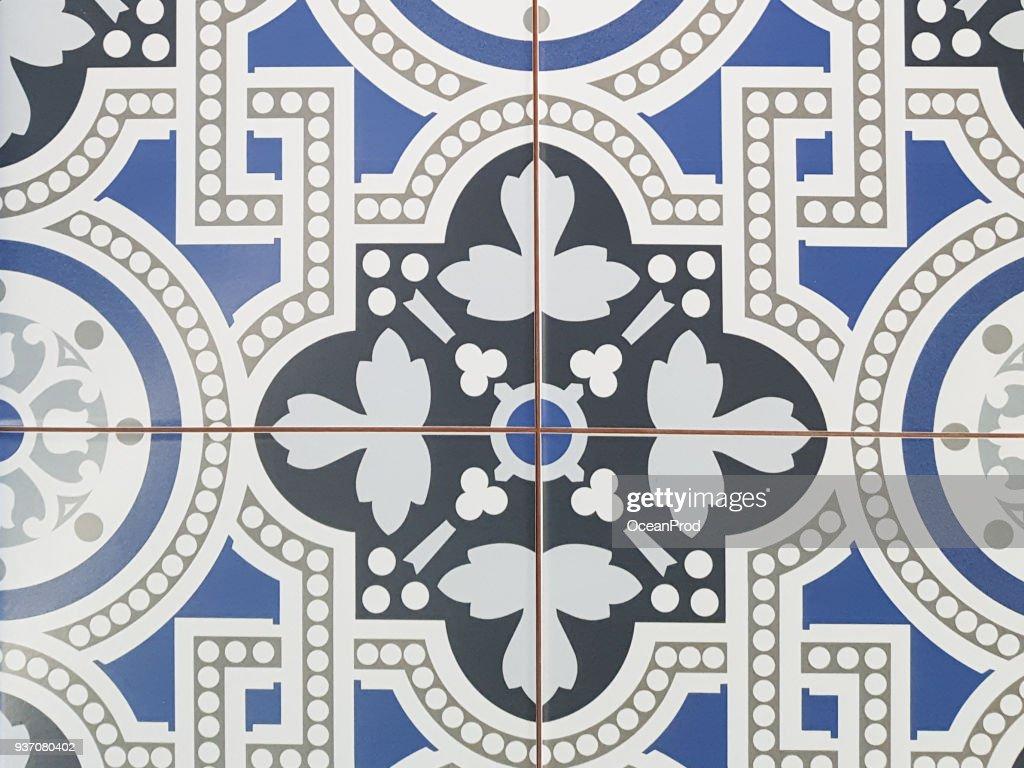 https www gettyimages ch detail foto blue flower azulejos pattern lisbon set paint tile lizenzfreies bild 937080402 language fr