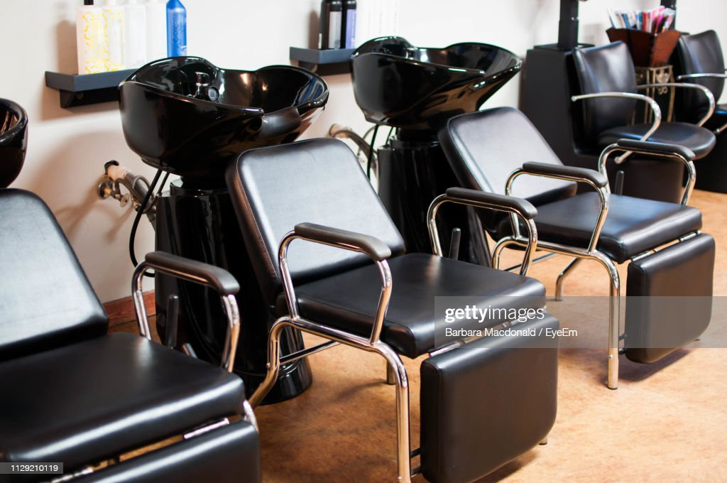 bowl haircut photos and premium high res pictures getty images