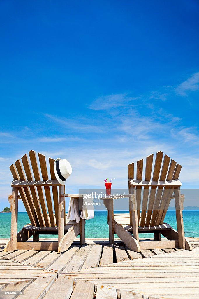 https www gettyimages fr photos chaise longue plage