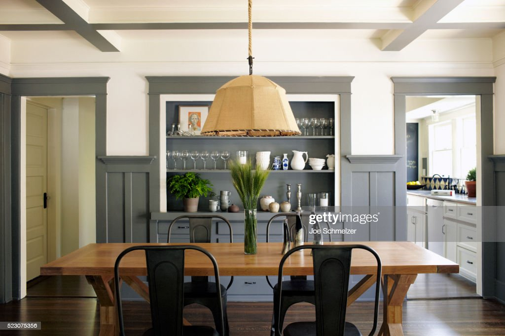 https www gettyimages com detail photo dining room of craftsman style house royalty free image 523075356
