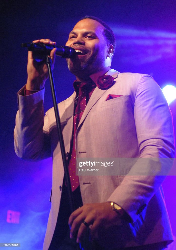 Eric Roberson Stock Photos And Pictures Getty Images