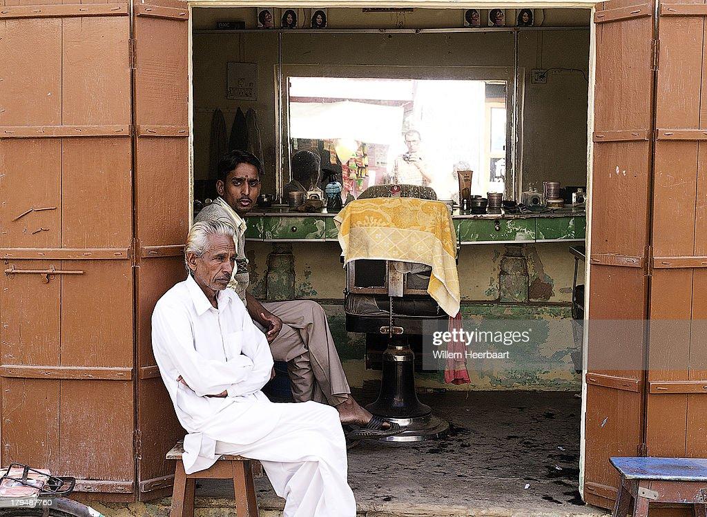 https www gettyimages co uk photos barber shop