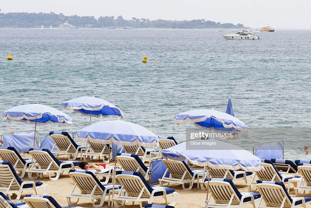 94 parasol de plage photos and premium high res pictures getty images