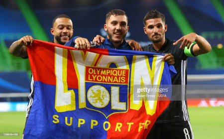 Memphis Depay, Rayan Cherki And Houssem Aouar Of Olympique Lyon... News  Photo - Getty Images
