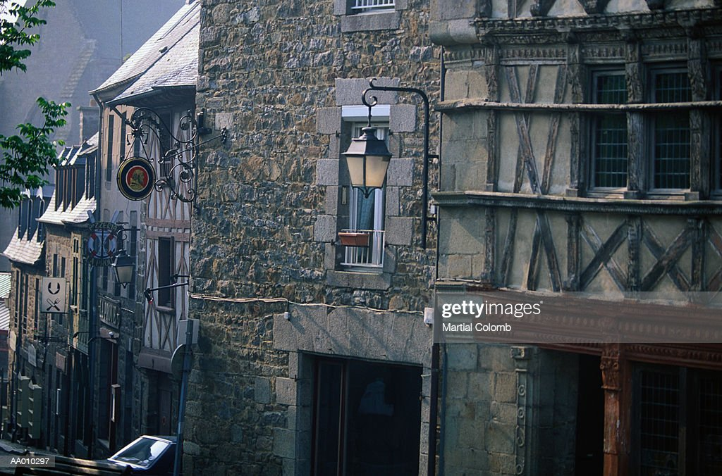 https www gettyimages dk detail photo old houses in st brieuc france royalty free image aa010297