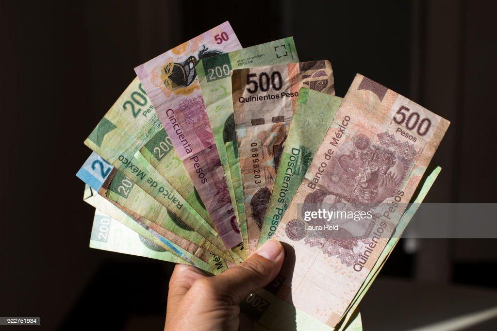 https www gettyimages fr photos pi c3 a8ce de monnaie mexicaine