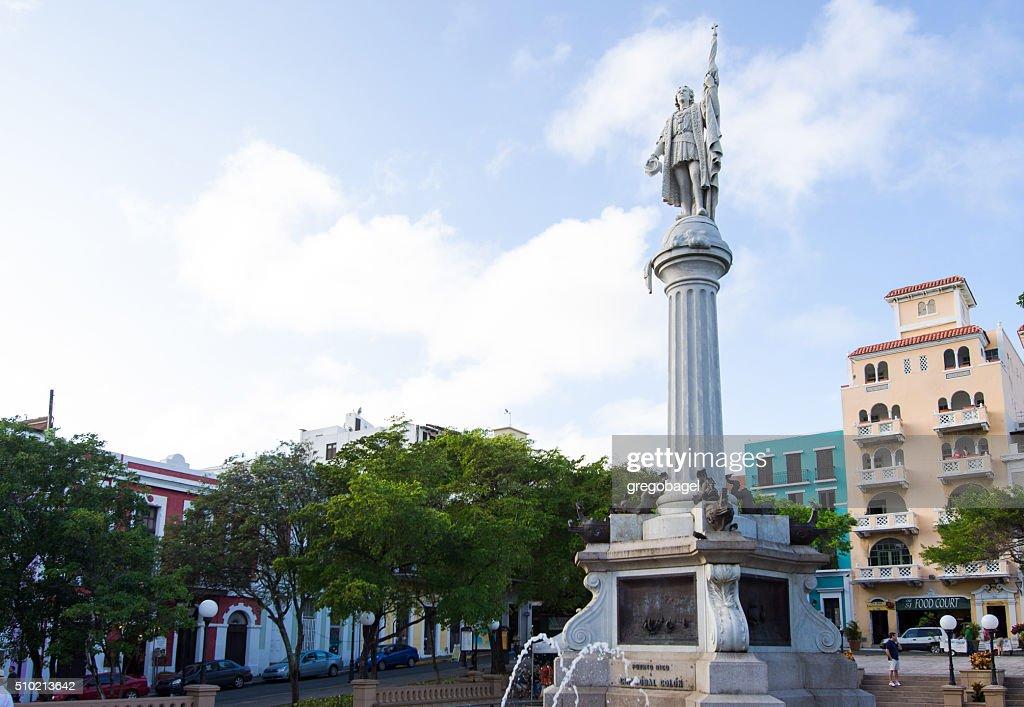 Statue Of Christopher Columbus Plaza De Colon