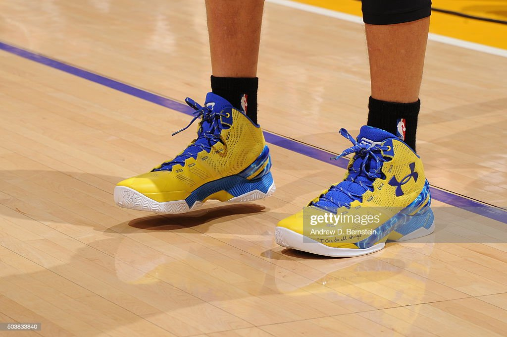 Curry Fives Basketball Shoes