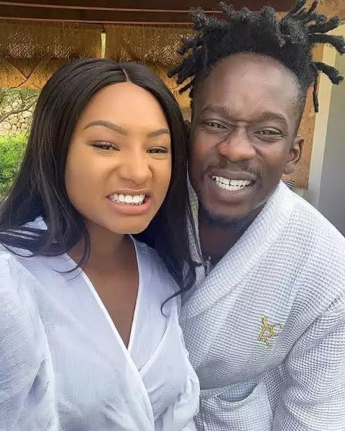 Shey You Be The Only Naija Boyfriend that Doesn't Spend' - Fans React Temi  And Mr. Eazi's Photo