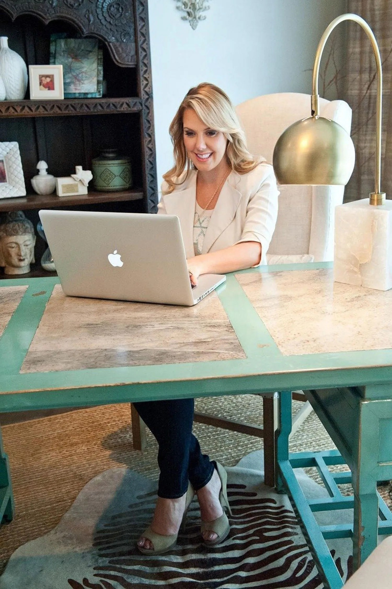 Office Decorating Ideas From Kendra Scott Jewelry Glamour