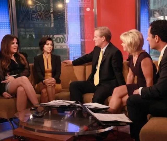 Pnew York Ny June 07 Tv Personalities Khloe Kardashian And Kourtney Kardashian Talk With Hosts Steve