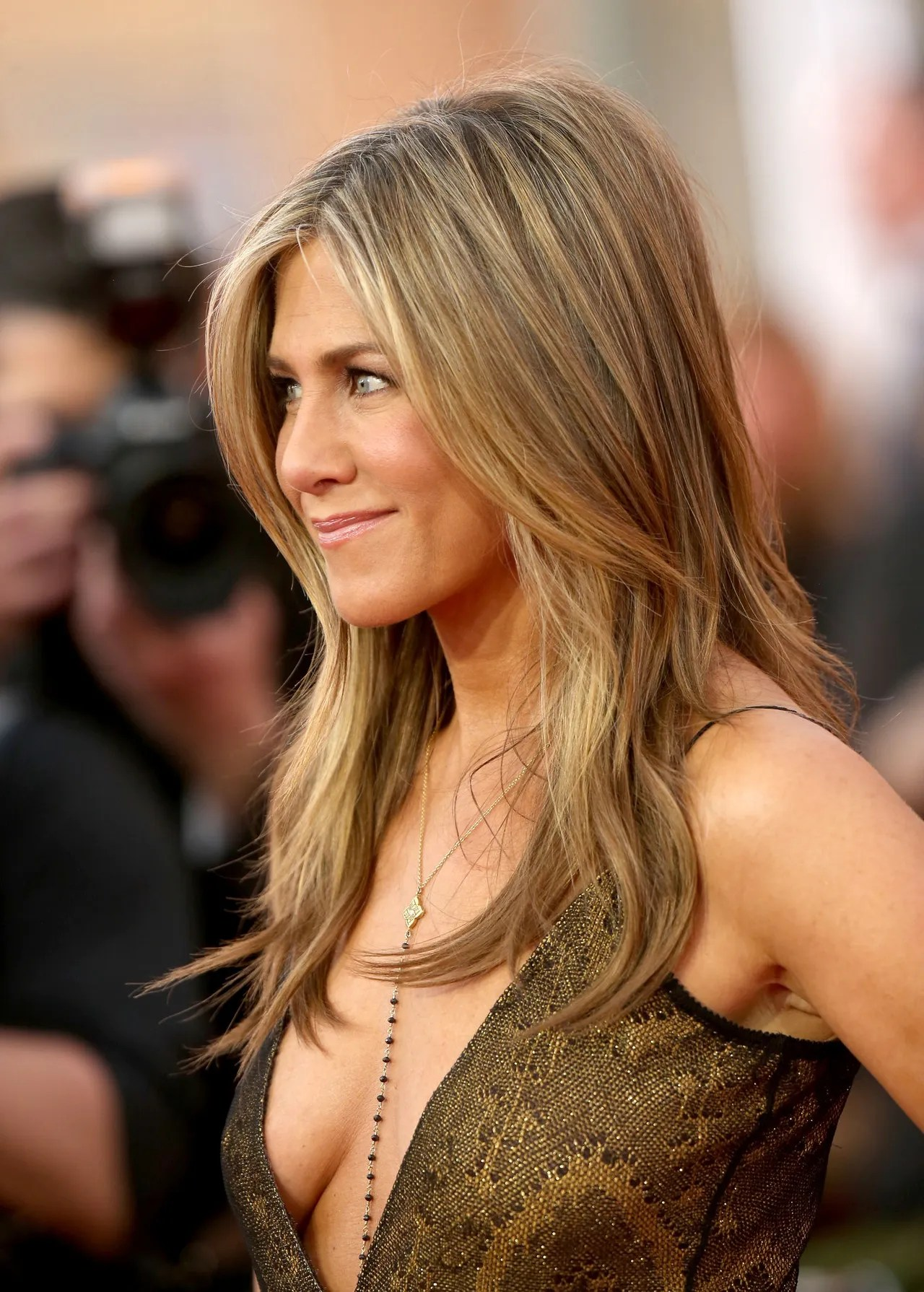 Chris McMillan Talks Jennifer Aniston s SAG Awards Hairstyle