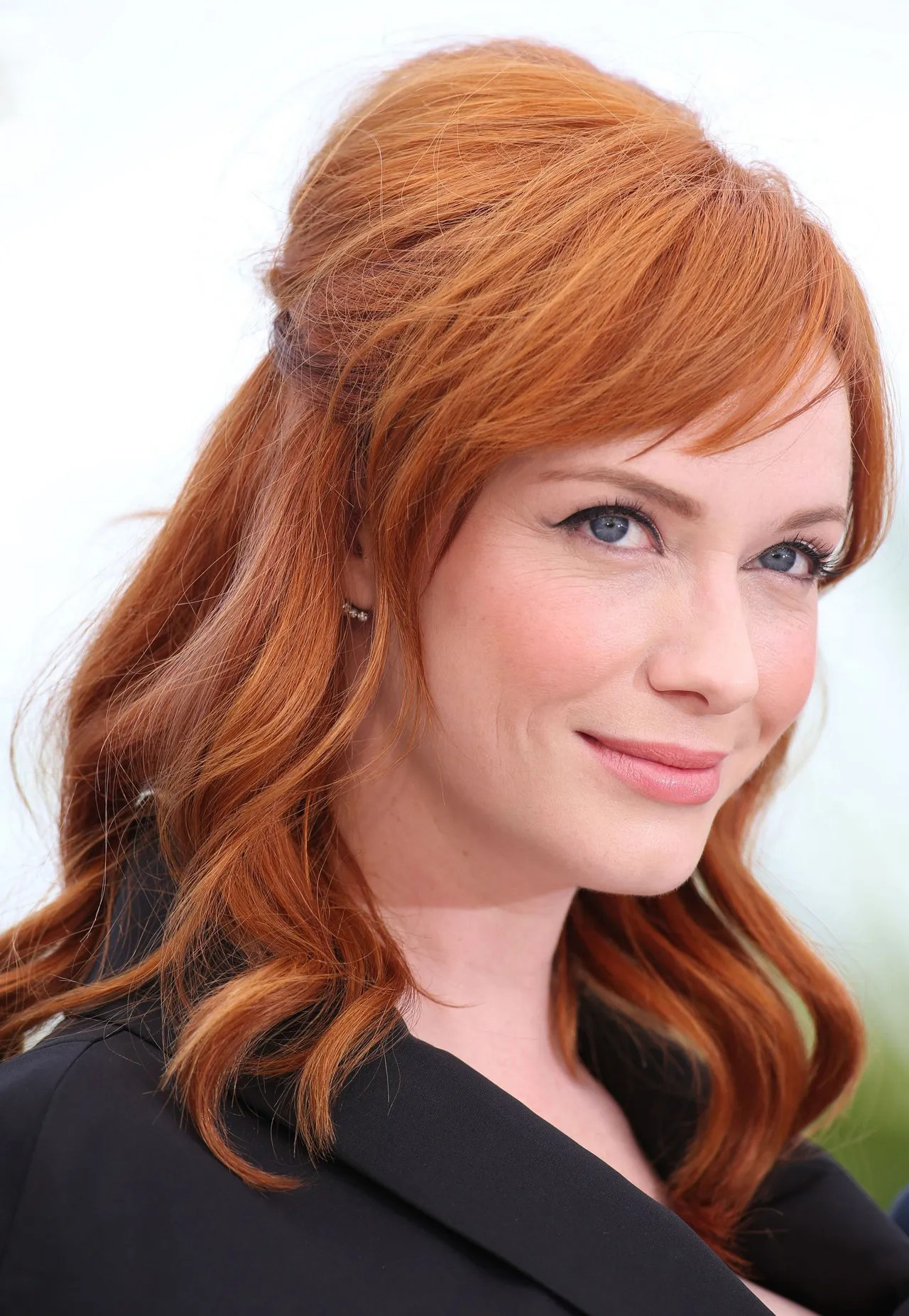 Christina Hendricks Named as the Face of Nice N Easy Hair Color