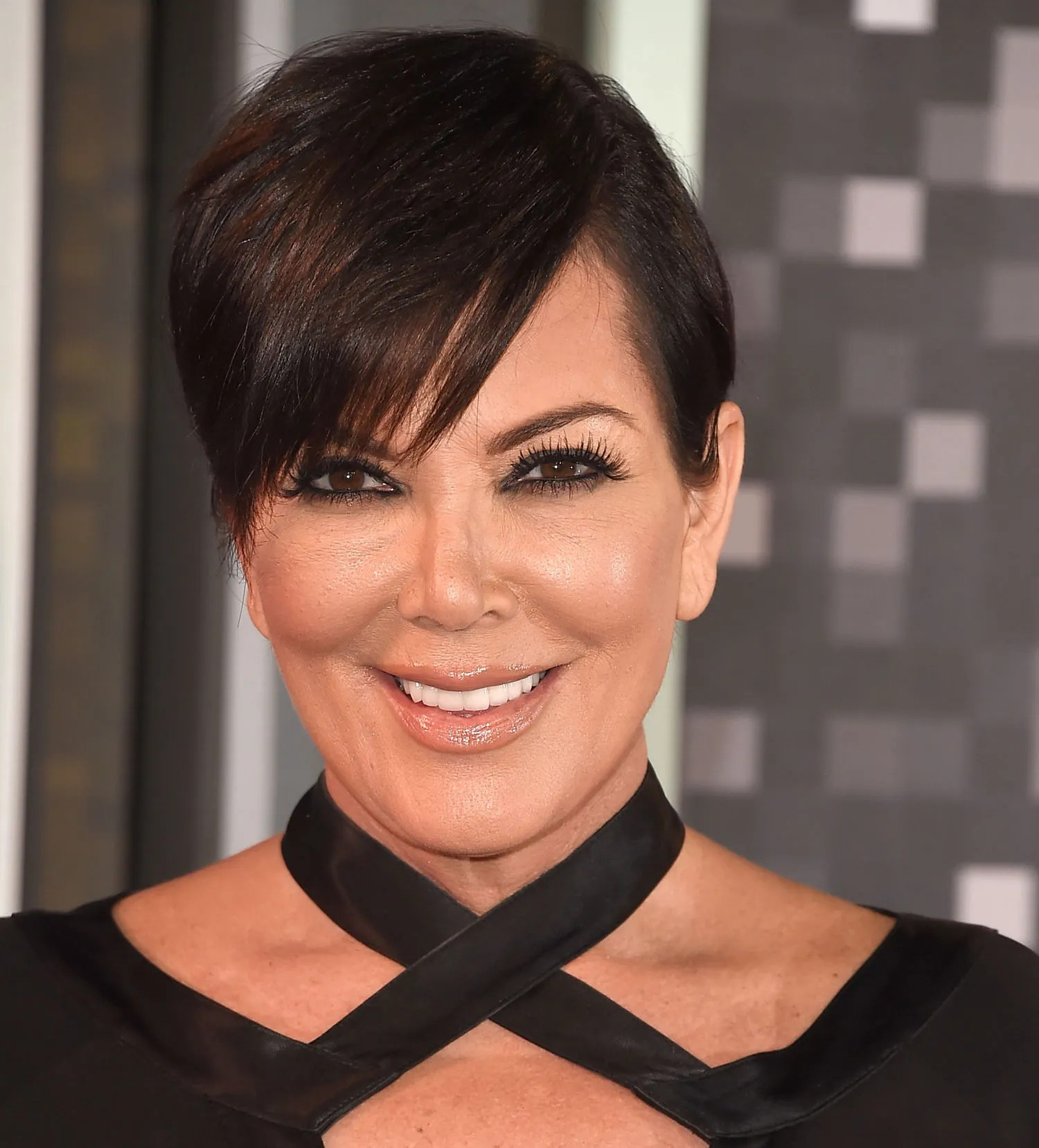 Chris Jenner Hairstyle Gallery