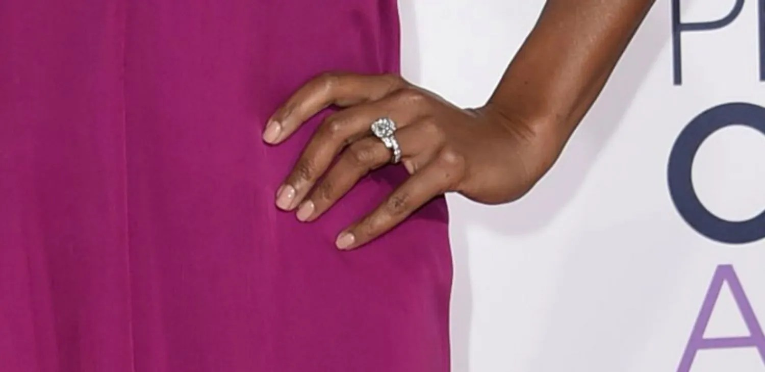 Celebrity Engagement Ring Pictures Peoples Choice Awards