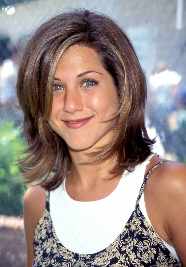 jennifer aniston's hair evolution proves she's never had a