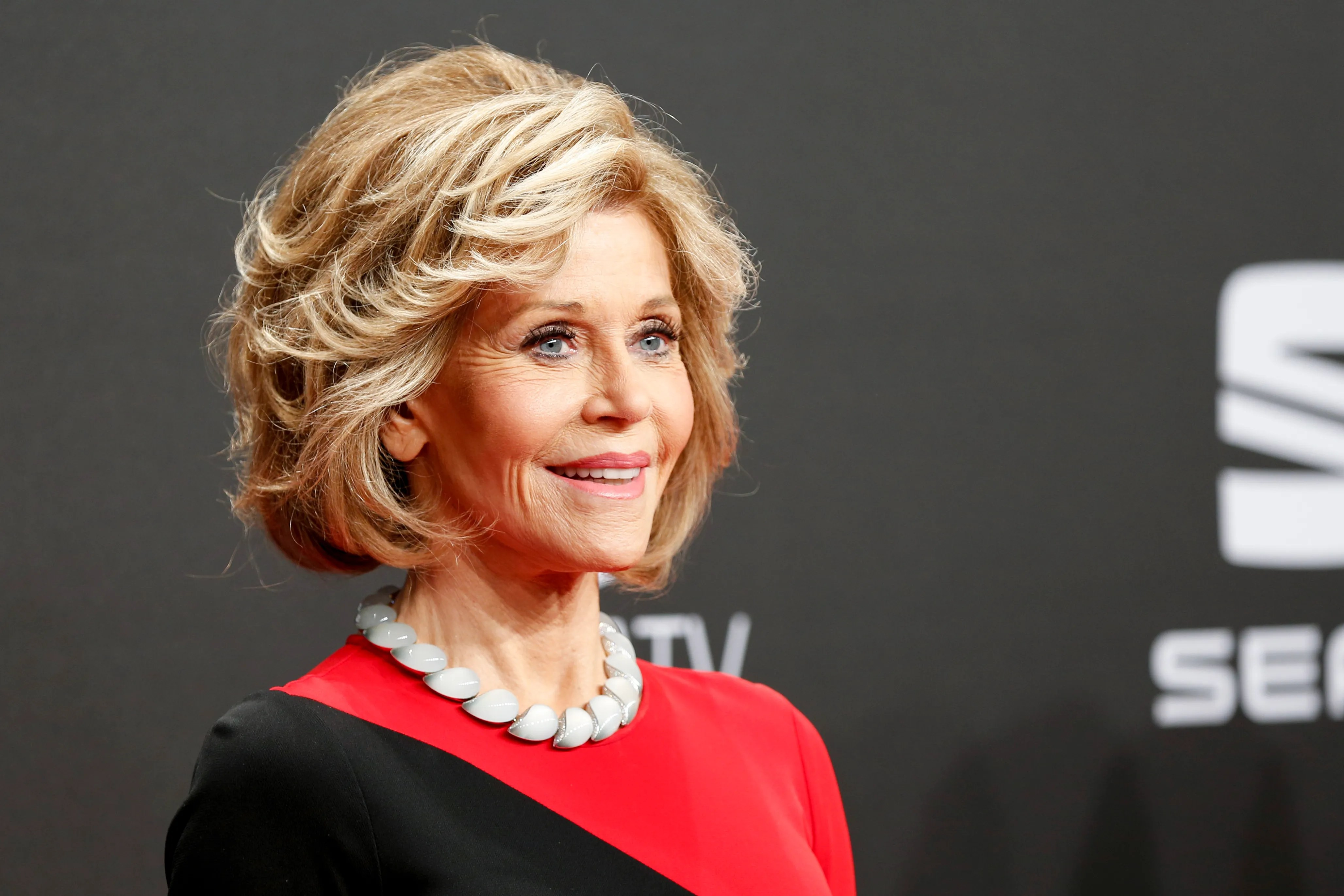 Jane Fonda Gets Real About Using Vibrators at Age 79