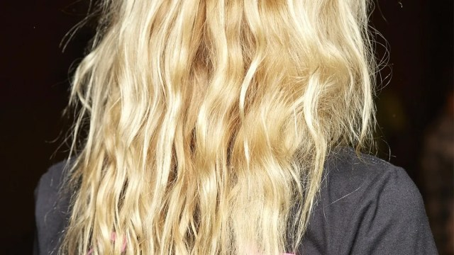 permanent beach waves: what you need to know before you try