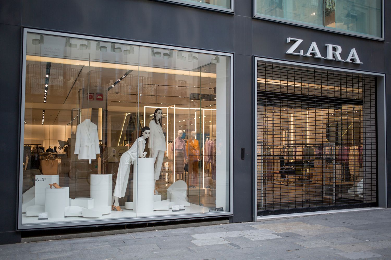 Shoppen Mit Termin Zara H M Co Testen Neues Corona Einkaufskonzept Glamour