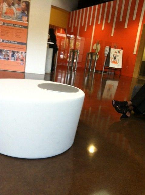 Lobby Of Home Depot Call Cent The Home Depot Office Photo Glassdoor