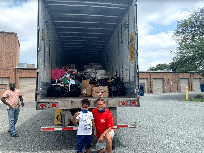 This 7-Year Old Just Delivered a Trailer Full of COVID-19 Supplies ...