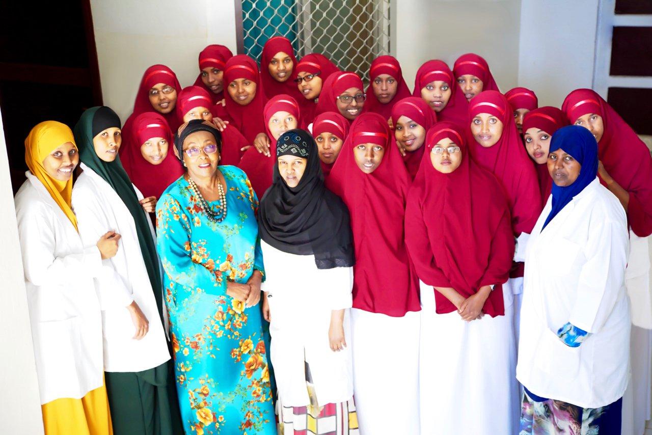 9. Edna-Adan-Community-Midwives-EAH-Hargeisa-SL-Sarah-Winfield-5-March-2016.jpg
