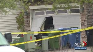 2 dead, 1 seriously injured in northwest Calgary fire; homicide detectives investigating