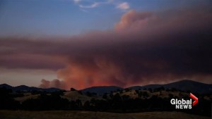 Time-lapse video captures California wildfire at sunset